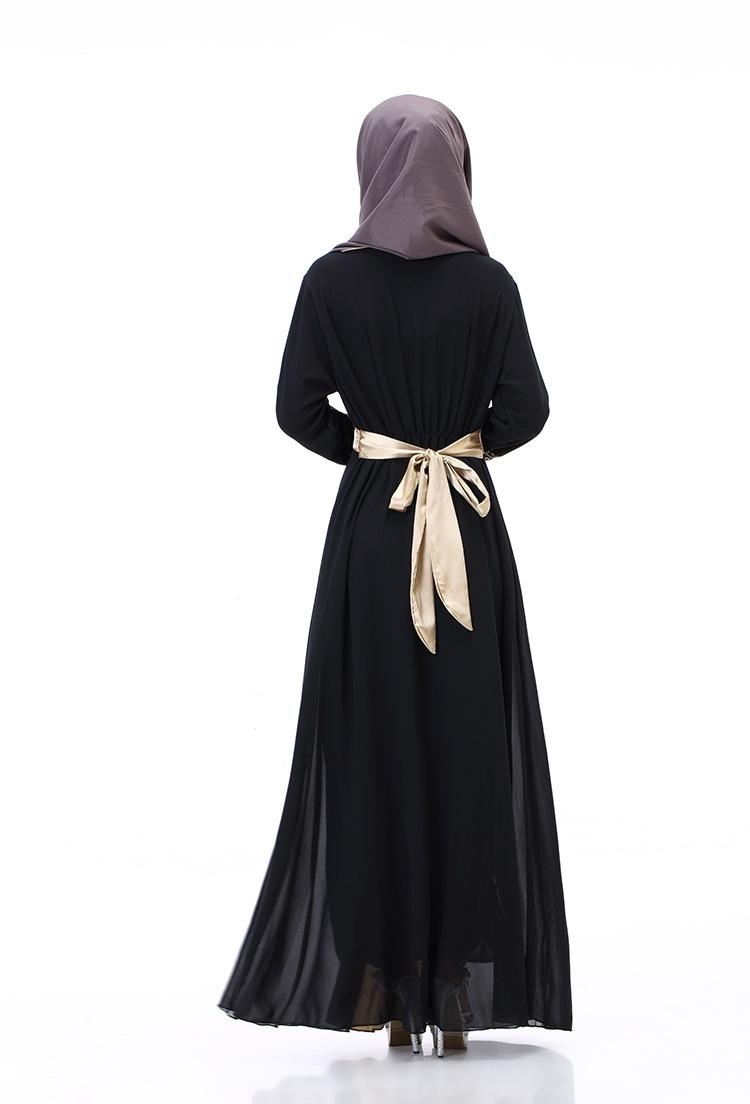 Pilihan Baju Gamis Sifon dengan Warna Gelap dan Pemilihan Jilbabnya