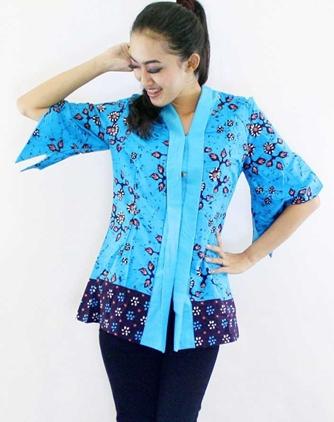 Model Baju Batik untuk Anda yang Berprofesi Sebagai Guru