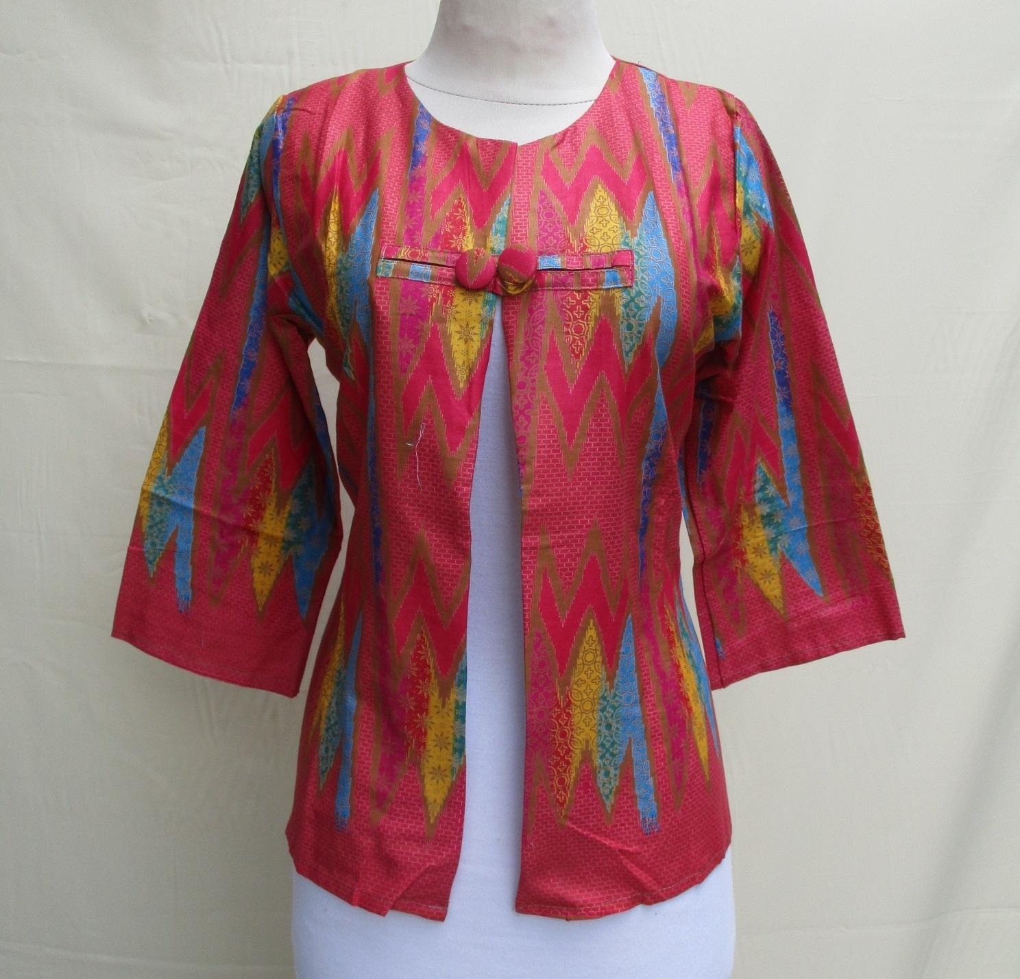 Model Bolero Batik Lengan 3/4 untuk Menunjang Fashionmu