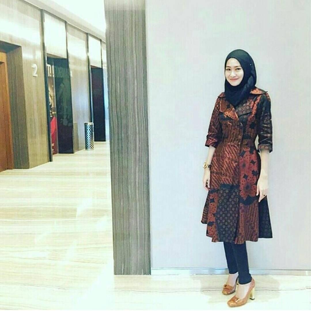 Model Dress Batik Muslim Terbaru untuk Pesta Pernikahan