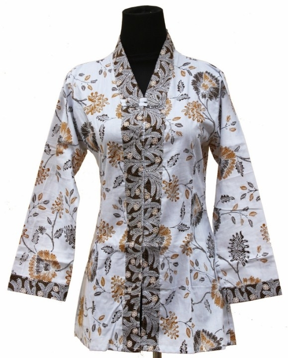 Terlihat Langsing dengan Baju Batik untuk Wanita Gemuk Berjilbab
