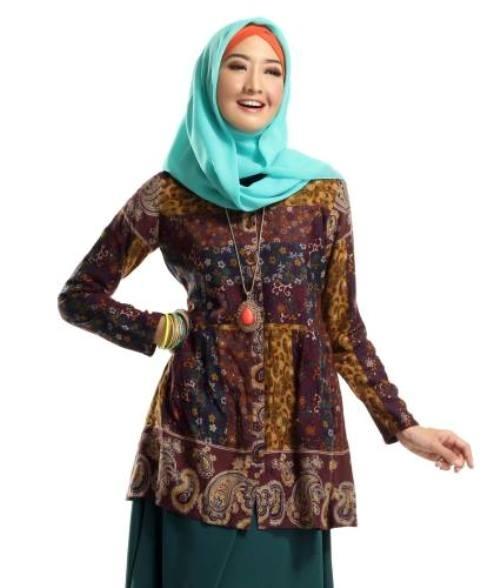 Model Baju Batik Atasan Wanita Lengan Panjang Terbaik