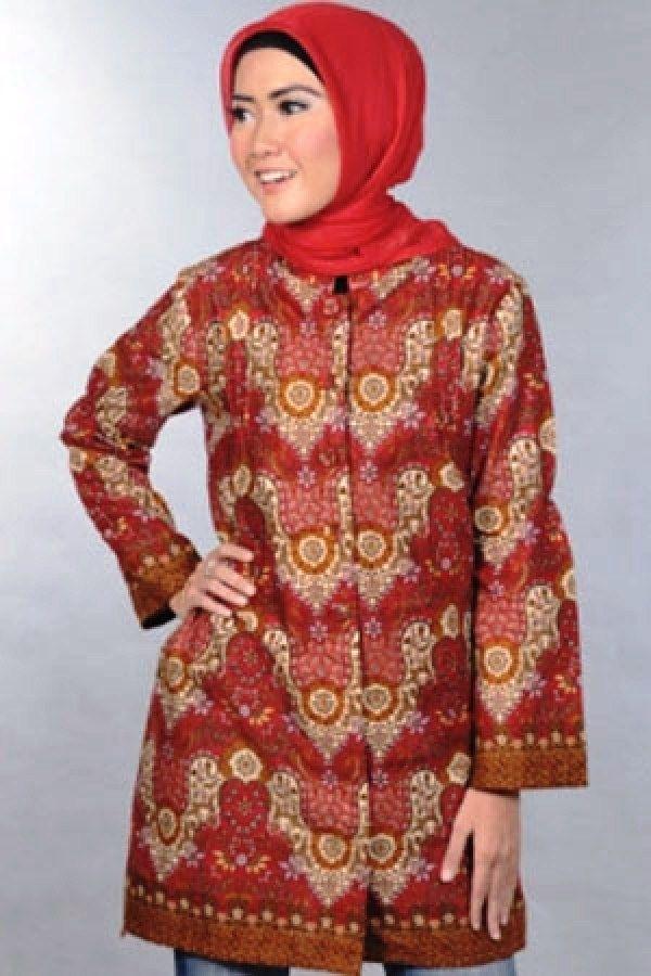 Model Baju Batik Atasan Wanita Lengan Panjang yang Elegan