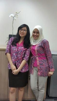 Model Baju Batik Kerja untuk Pegawai Bank Perempuan Terbaru