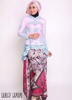 Model Kebaya Pengantin dengan Kombinasi Batik