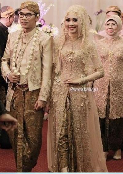 Model Kebaya Pengantin untuk Pasangan Muslim Terbaru