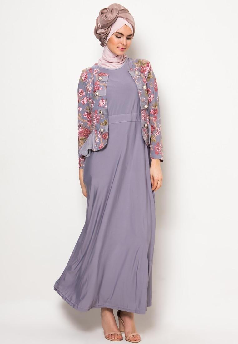 Model Baju Gamis Pesta Motif Batik untuk Muslimah