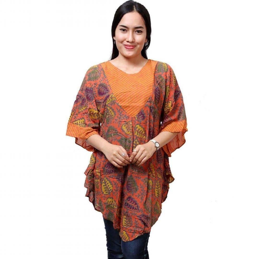 Tak Salah Jika Wanita Gemuk Mengenakan Baju Batik