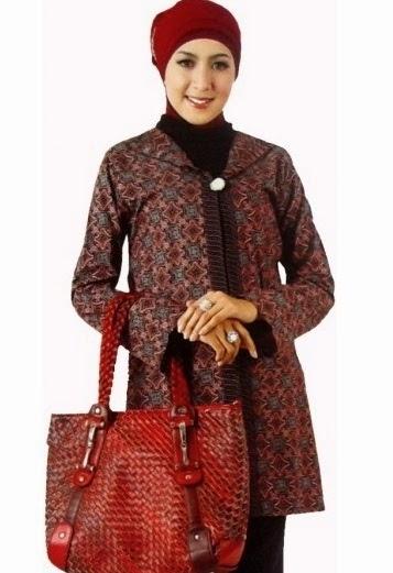 Baju Batik Kerja untuk Wanita Muslim Bertubuh Gemuk