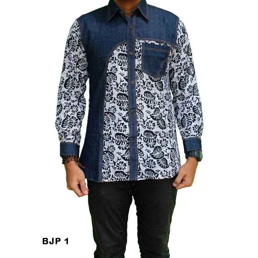 Baju Batik Lengan Panjang dengan Kombinasi Kain Polos