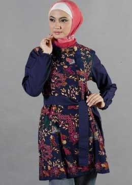 Model Baju Batik Kantor untuk Wanita Muslimah