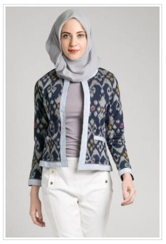 Model Baju Batik Muslimah untuk Pesta Terbaik Saat Ini