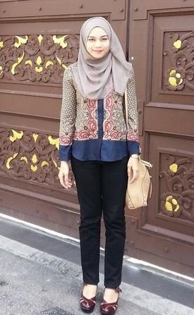 Model Baju Batik Muslimah untuk Pesta