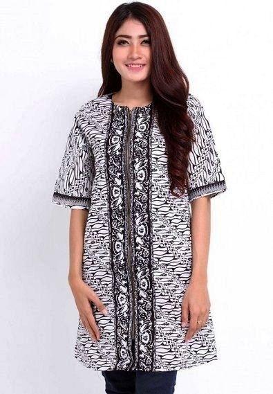 Model Baju Batik Atasan untuk Wanita Gemuk Bermotif Sederhana