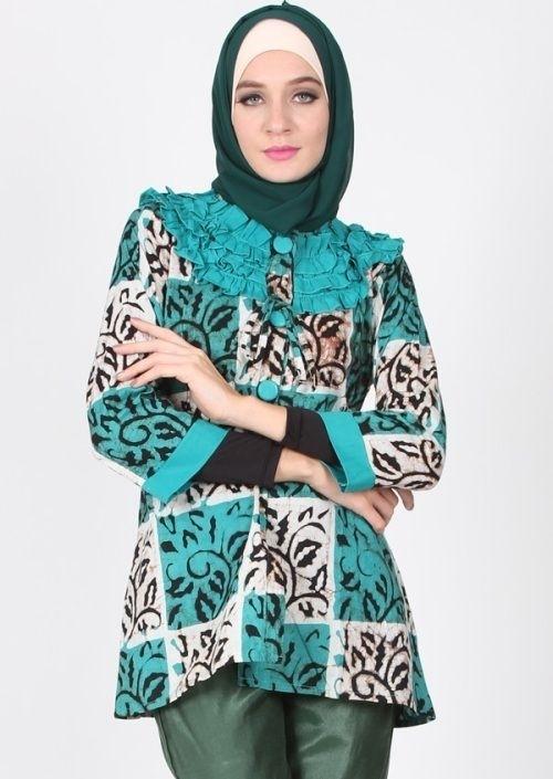 Model Baju Batik Atasan Wanita Lengan Panjang Terpopuler Saat Ini