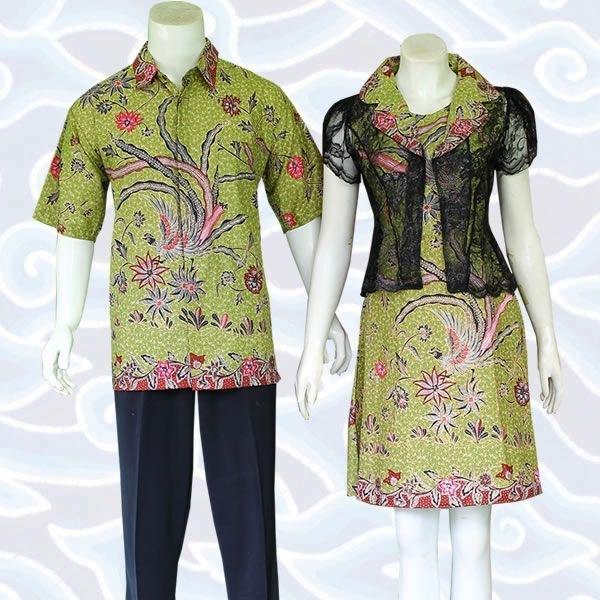 Model Baju Batik Couple untuk Pasangan Muda