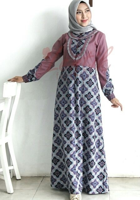 Model Baju Gamis Batik dengan Kombinasi Sifon Paling Ngetrend